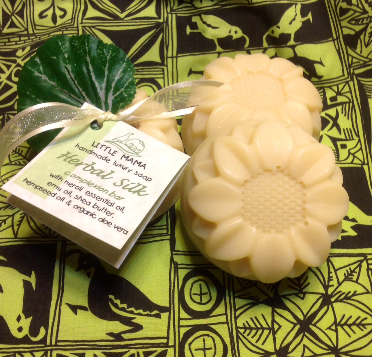 Herbal Silk Luxury Facial Bar